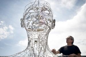 Celia - Escultura Monumental en Acero Inoxidable | Jordi Díez Fernández