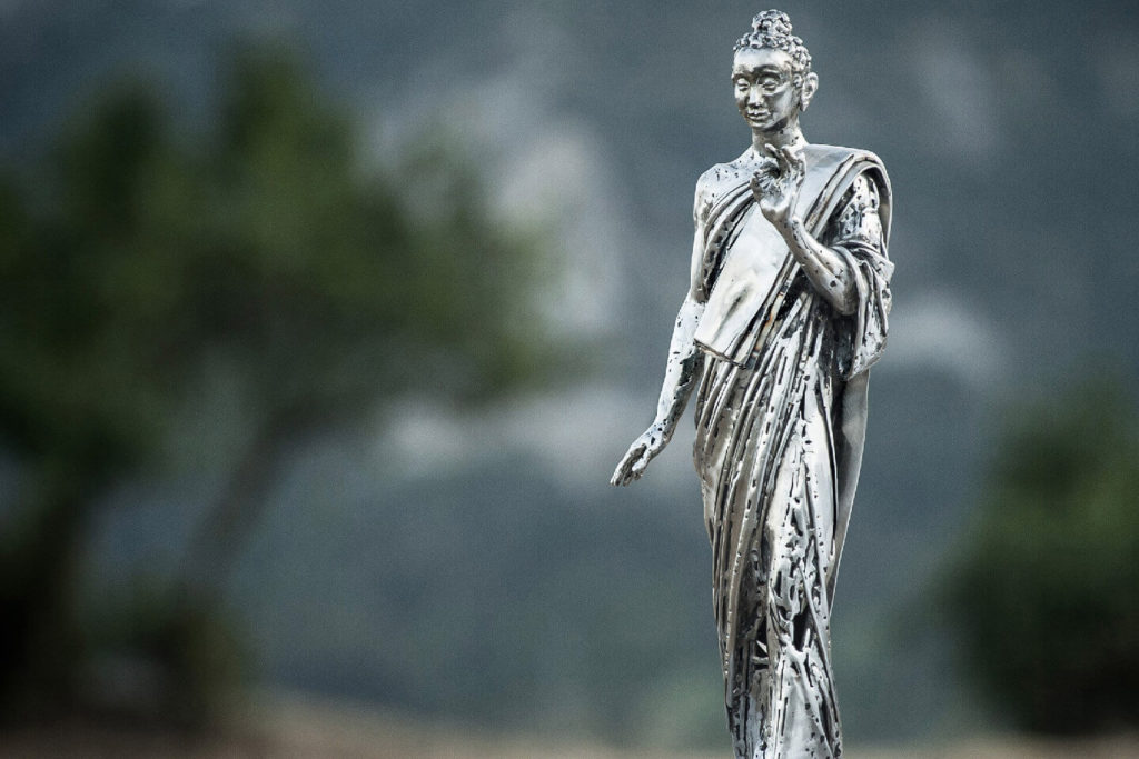Buddha - Escultura Figurativa en Acero Inoxidable | Jordi Díez Fernández