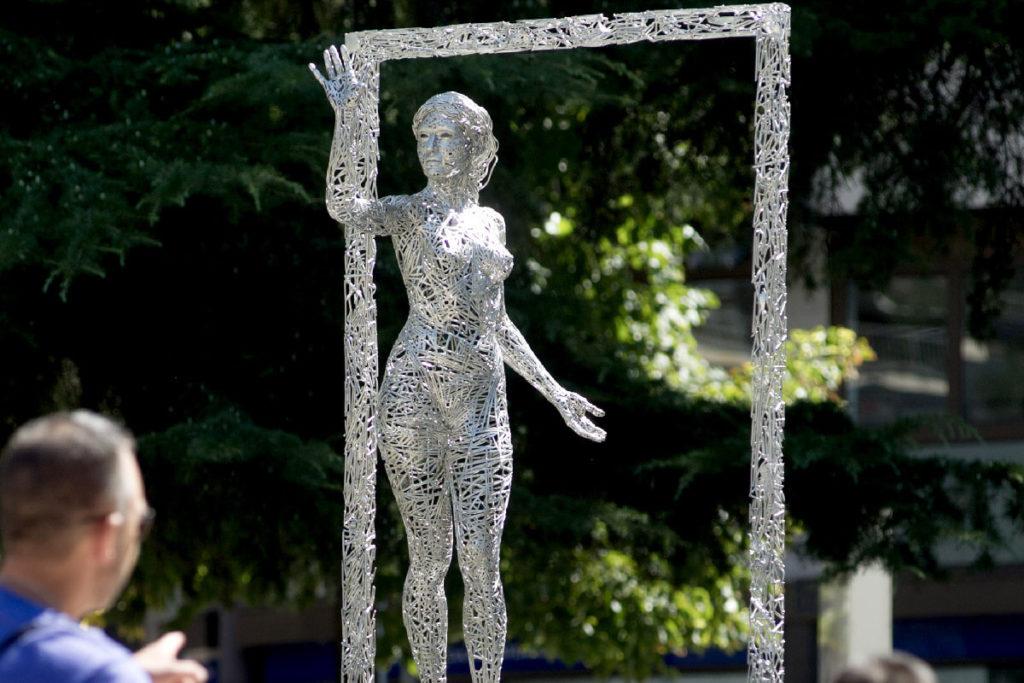 Llindar - Escultura Figurativa en Acero | Jordi Díez Fernández
